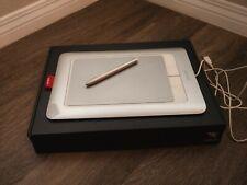 WACOM BAMBOO FUN CTH-661 Touchpad / Tablet w/ Pen Stylus