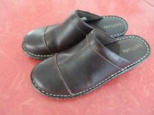 Womens Eastland Leather Upper Collette Slip on Shoes Size 7 1/2 M
