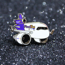 Pin CHUBBY pudgy FEDEX McDonnell Douglas MD11 1 inch / 27mm metal Pin Pilot M11