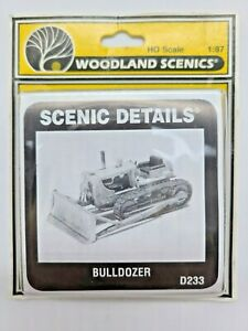 "HO SCALE WOODLAND SCENICS #D233 ""BULLDOZER"" NEW, METAL KIT"