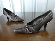 Womens shoes size 4 brown leather 2 inch kitten heels ladies size 4 clarks shoes