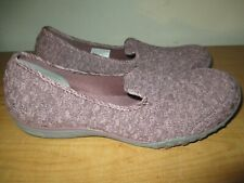 Skechers Breathe Easy Women's Size 11 Air Cooled Memory Foam Slip on Loafers