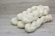 DK Weight 100% Baby Alpaca Undyed 500gms 5 x 100gm hanks (ALPDH0925)