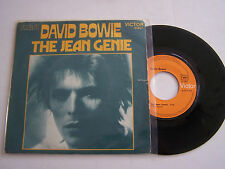 SP 2 TITRES VINYL 45 T , DAVID BOWIE , THE JEAN GENIE  , VICTOR 41057 .