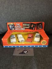 VINTAGE 1981 ERTL DUKES OF HAZZARD BOSS HOGG , GENERAL LEE, POLICE CARS W/box