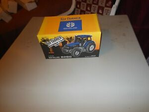 Ford 8260 Toy Farmer tractor  (1/16)