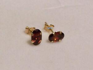 New Ladies 9ct Yellow Gold Oval Garnet Studs Earrings 6mm