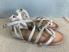 BNWT Older Girls Ladies Sz 4 Rivers Doghouse Brand Stone strappy Style Sandals