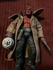 HELLBOY 1.5 Action Figure 7? 2004 Mezco W/Dumbbell Trench Coat