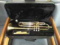 OXFORD TRUMPET with PADDED HARD CASE - VERY GOOD STUDENT MODEL