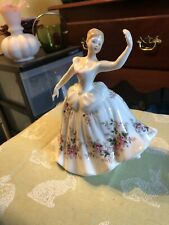 "ROYAL DOULTON FIGURINE: SHIRLEY HN2702 7.25"" 1985-97 BONE CHINA DAVIES CLASSIC"