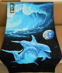 New Dolphins in Space Bath Beach Pool Gift Towel Dolphin Schimmel Waves Earth