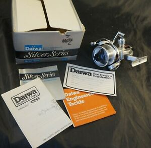 VINTAGE OLYMPIC VS-1500 Spinning Fishing Reel Never Used Ratio 3.82:1
