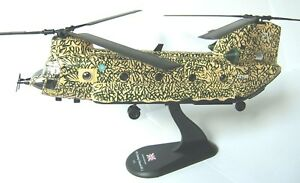 helicopter transport Boeing Chinook HC.1 diecast 1:72 metal