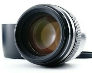 Near MINT CANON EF 85mm F/1.8 USM Telephoto Portrait Lens for CanonEF From JAPAN