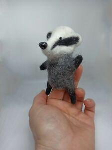 Badger finger toy. Mini bibabo