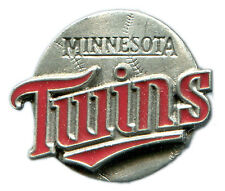 VINTAGE 1998 MINNESOTA TWINS TEAM LOGO MLB BASEBALL PIN BUTTON LICENSED