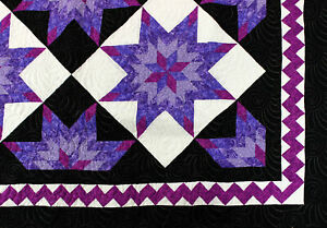 Star Patchwork Purples & White FINISHED QUILT - Queen size - Feather quilting