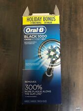 Oral-B1000 Black CrossAction Braun Rechargeable Toothbrush 2Brush Heads Open Box