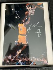 Kobe Bryant Dunking Signed 8x10 Photo #8 Los Angeles Lakers - Autograph - No coa