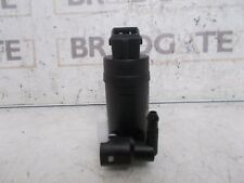 FORD MONDEO TWIN OUTLET 2000 ON WASHER MOTOR/PUMP NEW OFFSET PINS OBLONG PLUG