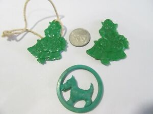 SHADE PULLS TWO GIRLS ONE SCOTTIE DOG CELLULOID PLASTIC