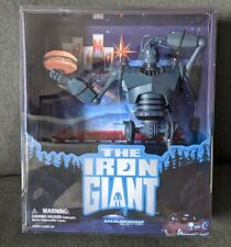 Diamond Select Toys Premium Sdcc 2020 The Iron Giant Limited to 3000pc Light Up