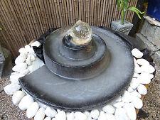 Wasserspiel Brunnen Springbrunnen mit Glaskugel