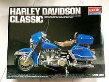 ACADEMY 1/10 HARLEY-DAVIDSON CLASSIC PLASTIC MOTORCYCLE MODEL KIT # 1547 F/S