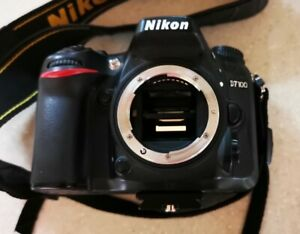 Nikon D7100 (Body only for Spares or Repair)