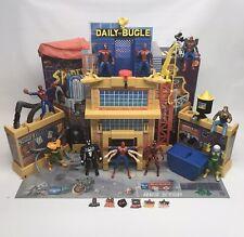 SPIDERMAN DAILY BUGLE PLAYSET TOY BIZ MARVEL 1995. Plus 10 Figures! Full Set!