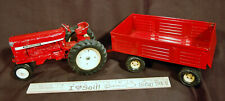 VINTAGE INTERNATIONAL HARVESTER TRACTOR DIECAST ERTL 1:16 & Wagon