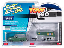 Johnny Lightning *TOW & GO 2B* GREEN 1955 Ford Panel with Camper Trailer NIP!