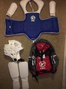 Kid's Martial Arts/ Taekwondo / Karate Childrens Sparring Gear.Vest Size Child L