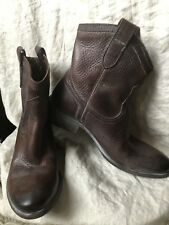Frye Women's  Short Boots Dark Brown Size 6.5 M Western Chic Sexy All Leather!!!