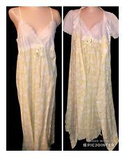 Vintage CHEVETTE Long Yellow Floral & Eyelet Lace Nightgown & Peignoir Set Sz S
