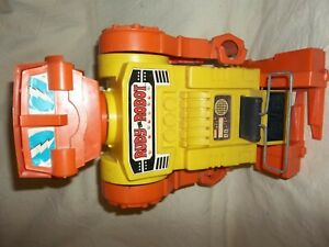 ORIGINAL VINTAGE REMCO RUDY THE ROBOT BIG PLASTIC BATTERY OPERATED
