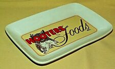 HOOTERS PLATE FOODS INC BAR RESTAURANT OWL LOGO HOT WINGS SNACKS SERVING DISH.