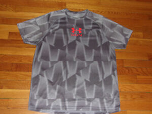 UNDER ARMOUR HEATGEAR SHORT SLEEVE DARK/LIGHT GRAY FITTED JERSEY MENS XL EXC.