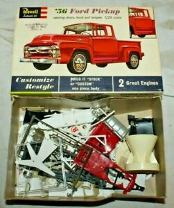1962 Vintage REVELL '56 FORD PICKUP Model Kit Box with Junk Yard Parts~1/25 1/24