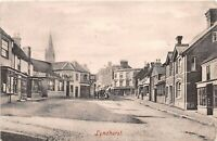 POSTCARD  HAMPSHIRE  LYNDHURST  HIGH  STREET