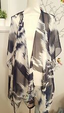 CHICOS 100% Silk Scarf/Wrap Shawl Poncho/Cape Blue White One ﹰSize Pre-Owned
