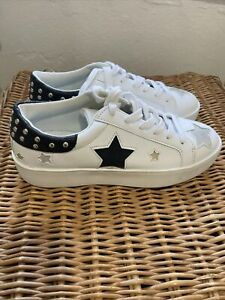 Decjuba - White Sneaker Shoes with Star Details - Size 40 - 41 - BNWOT RRP$79.95