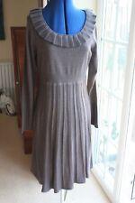 New Jessica Howard Warm Grey dress has pleated scoop neck size Medium 12 to 14