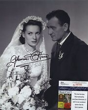 MAUREEN O'HARA SIGNED AUTOGRAPHED BW 8X10 PHOTO JSA COA SPENCE WITH JOHN WAYNE!!