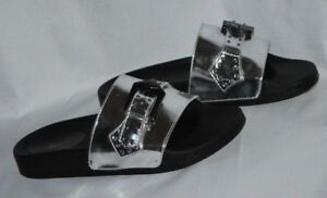 Simply Vera Vera Wang Women's Symbols Slide Sandals Size 5
