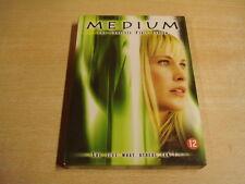 4-DISC DVD BOX / MEDIUM - SEIZOEN 1