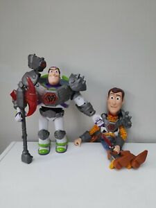 Toy Story That Time Forgot Battlesaur Buzz Lightyear and Woody Talking Thinkway