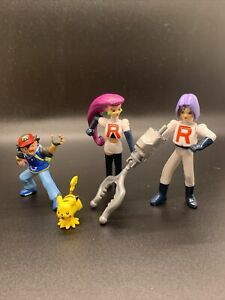 Rare Pokemon 10th Anniversary Ash Vs Team Rocket