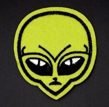 GREEN ALIEN HEAD PATCH,  ALIEN FACE EXTRATERRESTRIAL UFO APPLIQUE (LGAFS-386)